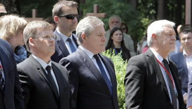 Вице-премьеры Украины и Польши почтили память жертв сталинизма