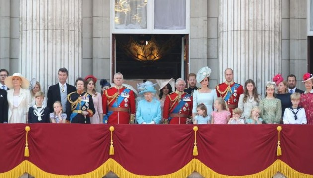 У Лондоні відбувся парад на честь дня народження королеви Єлизавети ІІ