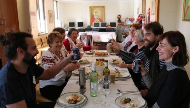 Союз украинок представил в Австралии национальную кухню