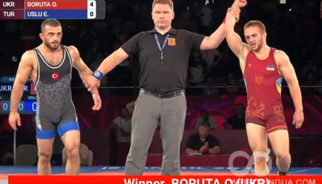 Украинец Борута выиграл молодежное первенство Европы по вольной борьбе