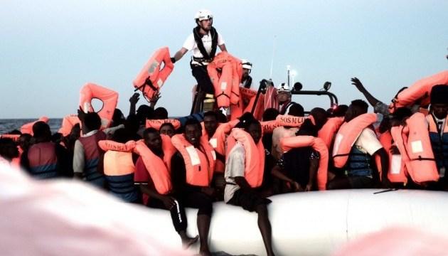 В Средиземном море спасатели сохранили жизни более тысячи беженцев
