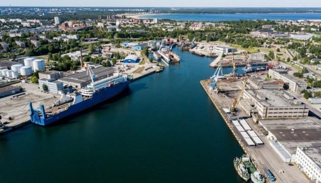 В эстонском порту арестовали российское судно