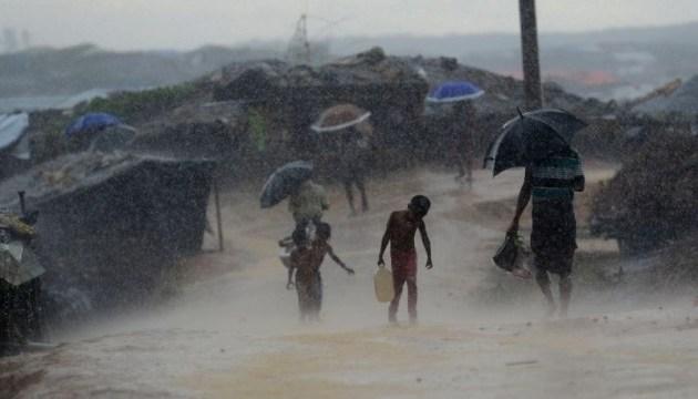 Зсув грунту в Бангладеш забрав життя понад десяти людей