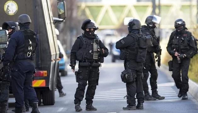 Підозрюваного в паризьких терактах обвинуватили у причетності до вибухів у Брюсселі