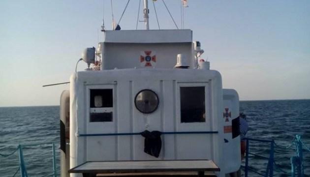 У Голопристанському районі розпочали розмінування затопленого судна з боєприпасами