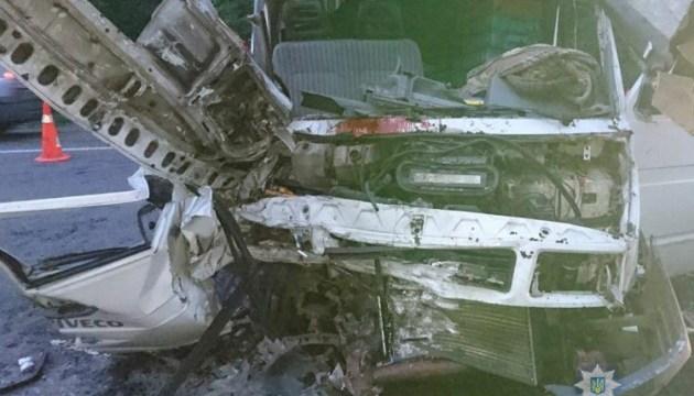 На Львівщині зіткнулися два мікроавтобуси: є загиблий, ще 9 постраждали