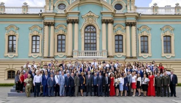 Президент присвоїв почесне звання лікарю з Чернівців