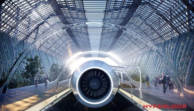 У капсулі Hyperloop вперше проїхалися пасажири
