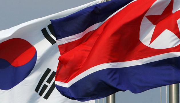 Дві Кореї домовилися з'єднати залізниці