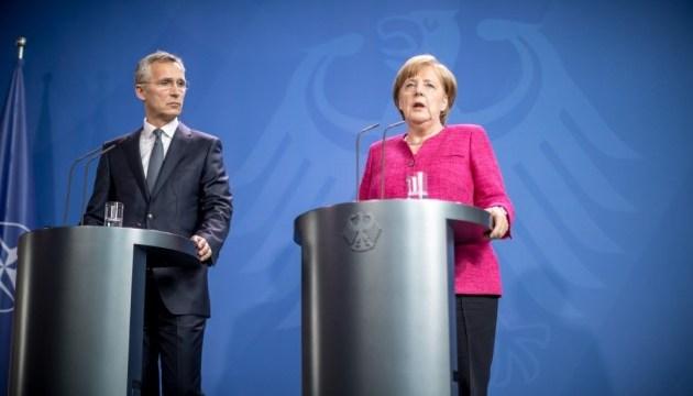 Німеччина поки не може витрачати 2% ВВП на оборону - Меркель