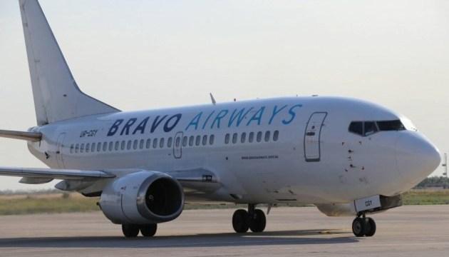 Две сотни украинских туристов застряли в аэропорту Албании