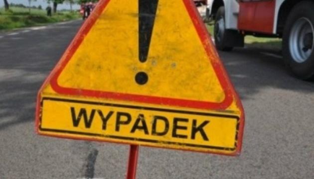 В Польше перевернулся автобус: двое погибших, 16 пострадавших