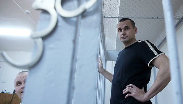Sentsov becomes first winner of Ukrainian ID Award