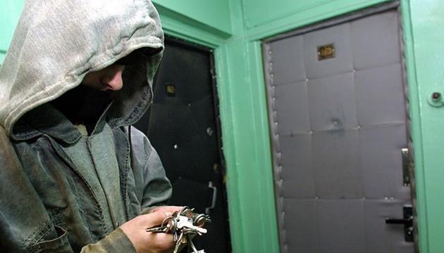 В Новоград-Волынском обокрали квартиру мэра