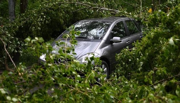 Молдову накрыл ураган и ливни, подтоплены дома и дороги