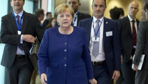 Меркель: Беженцы не должны решать, в какой стране могут получить убежище