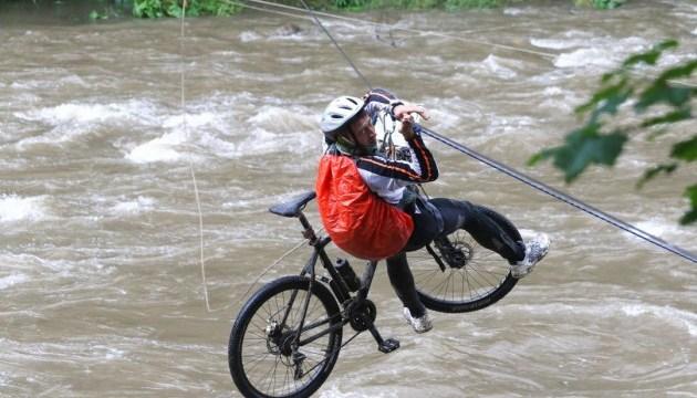 У Карпатах бігуни й велосипедисти влаштують Gorgany Race