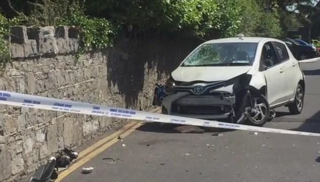 В Ірландії автомобіль в'їхав у натовп біля церкви, семеро постраждалих