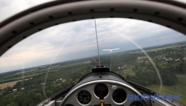 Под Киевом проходит чемпионат планеристов