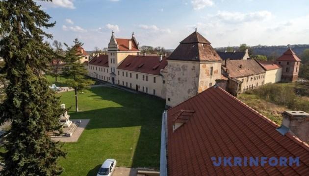 У Жовківському замку влаштують бій і збиратимуть викуп