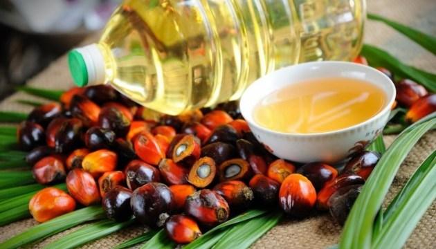 Ucrania importa casi 111.000 toneladas de aceite de palma en el primer semestre de 2019