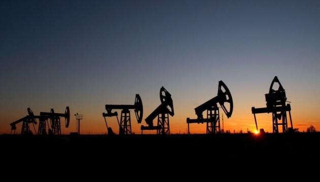 Нафта Brent трохи подорожчала на тлі побоювань щодо зростання економіки