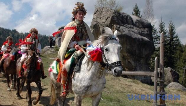 Гуцульскую свадьбу покажут на фестивале в Карпатах
