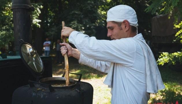 Фестиваль пам'яті військового кухаря Тараса Сича стартує у Вінниці
