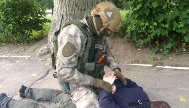 В этом году полиция Донецкой области объявила подозрение 200 боевикам