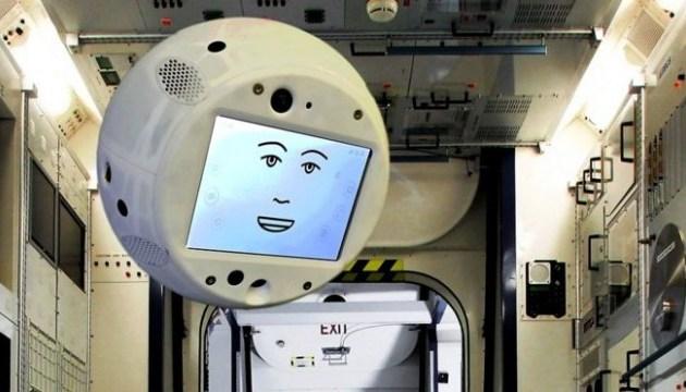 На МКС відправили робота Саймона