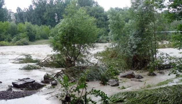 Пасовища та городи біля Дністра може затопити - рятувальники