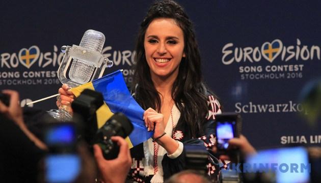 Переможниця «Євробачення-2016» Джамала під час прес-конференції. Стокгольм, Швеція, 15 травня 2016 року