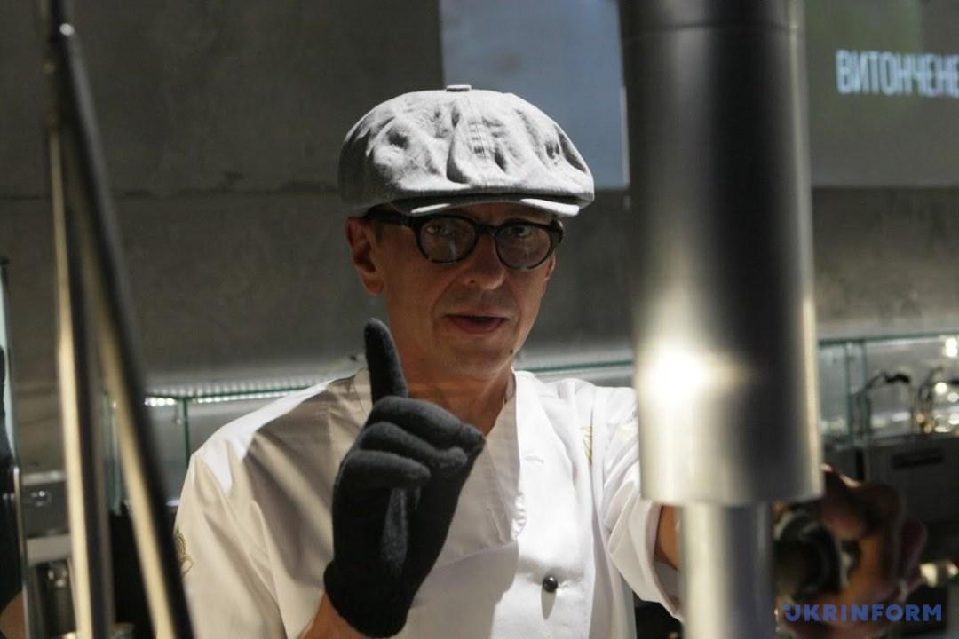 Массімо Джеларті, засновник лабораторії авторського морозива Ice cream studio Gelarty // Фото: Юлія Овсяникова