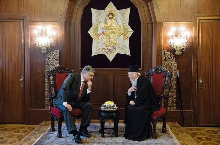 Президент Украины Петр Порошенко и вселенский патриарх Варфоломей I во время встречи в Стамбуле, 9 апреля 2018. Фото: пресс-служба президента