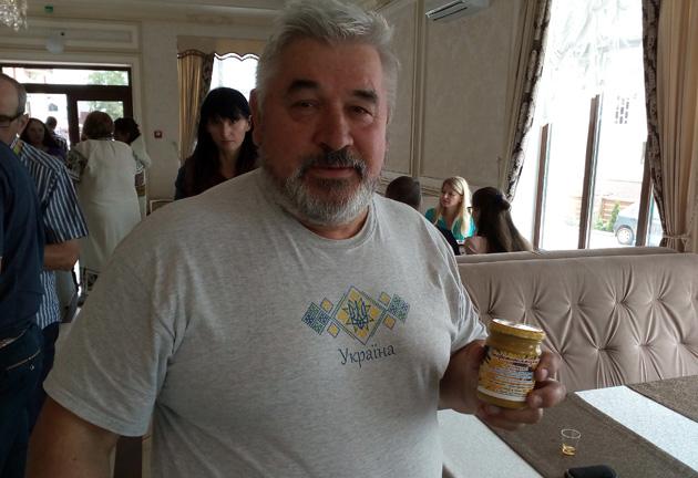 Микола Балаш, власник оздоровчого комплексу Бджолиний рай, Косів