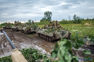 Kämpfe im Donbass: ein Soldat tot und ein verwundet