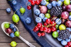 Які вітаміни потрібні організму для зміцнення імунітету і в яких продуктах вони є