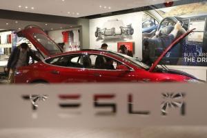 У Китаї різко впали продажі Tesla