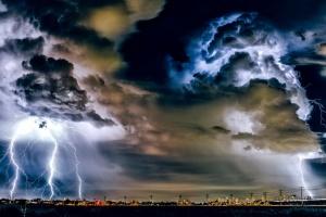 По всей Украине объявили штормовое предупреждение