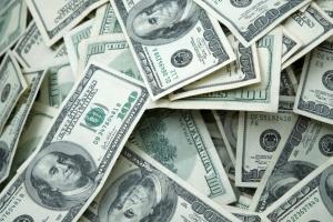 Около 20% частных денежных переводов в Украину в 2019 году поступили из США