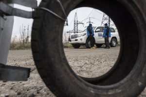 Invaders equip positions in disengagement area in Donbas – OSCE