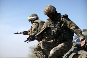 За сутки оккупанты обстреляли позиции ВСУ 25 раз, есть раненый