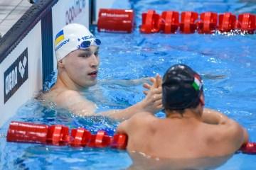 Andriy Govorov gana oro en la Copa Mundial de Natación en Qatar