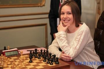 Las ajedrecistas ucranianas Anna y Mariya Muzychuk entre las primeras diez del ranking de la FIDE