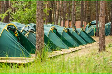 МОЗ днями визначиться, чи давати добро на відкриття дитячих таборів