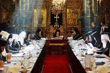 コンスタンティノープル総主教庁聖会議参加の全府主教、ウクライナ正教会独立文書に署名