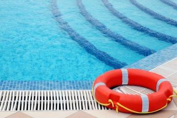 В Мариуполе за 120 миллионов гривень реконструируют бассейн