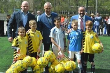 В Україні побудують сотні міні-полів для футболу до початку нового навчального року