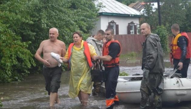 В Чернигове собирают вещи для пострадавших в результате непогоды