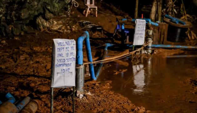 Маск відправляє інженерів SpaceX до Таїланду рятувати дітей у печері